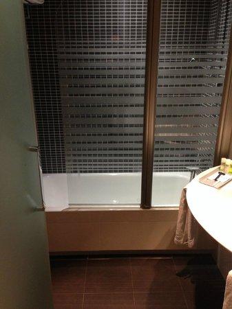 Hotel Comercio Barcelona: salle de bain