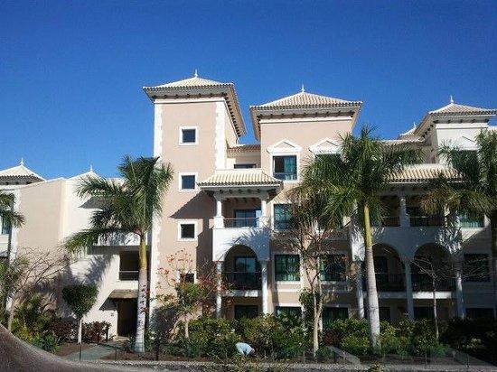 Exterior del hotel picture of gran melia palacio de isora resort spa alcala tripadvisor - Hotel gran palacio de isora ...
