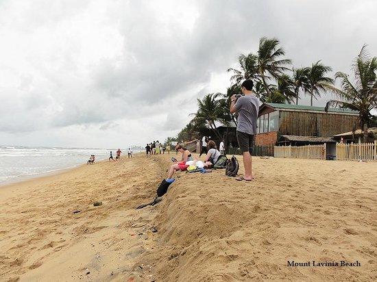 Tropic Inn Hotel : Mount Lavinia Beach