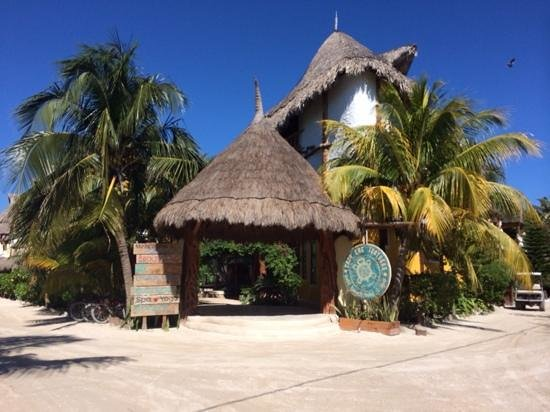 Holbox Hotel Casa las Tortugas - Petit Beach Hotel & Spa: The entrance to a fantastic time
