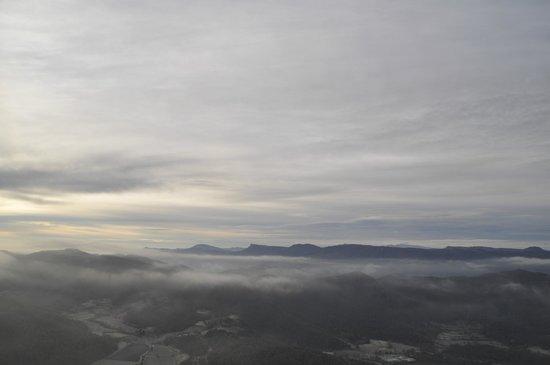 Parque Natural de la Zona Volcánica de la Garrotxa: Amanecer desde un globo