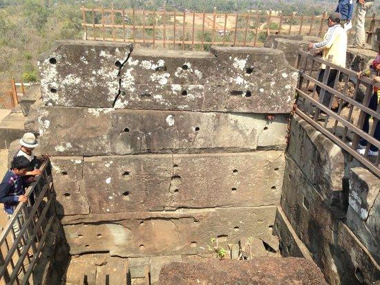 Angkor Wat Services: Koh Ker
