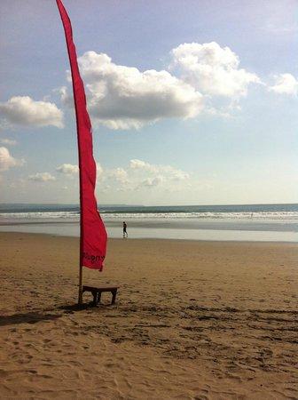 The Dipan Resort Petitenget : Seminyak beach