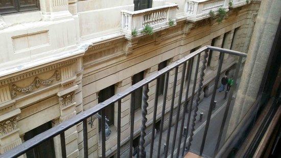 Aparthotel Arai: Balcon