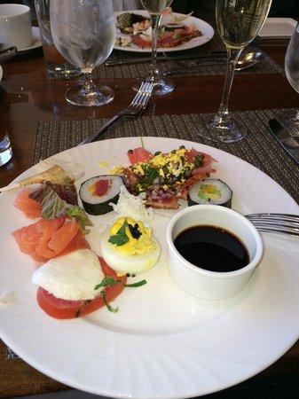 Four Seasons Hotel Houston : Brunch plate