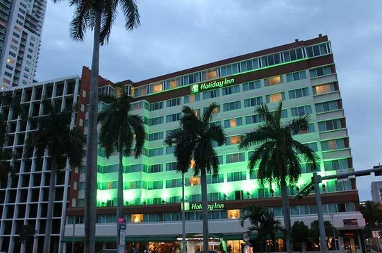 Holiday Inn Port of Miami Downtown: Fachada del hotel