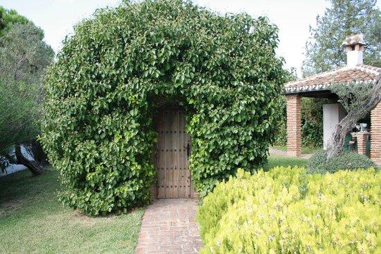 Fonda El Postillon: Entrance to wine cellar