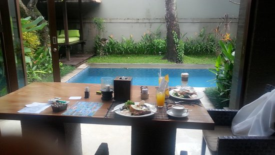Le Jardin Villas, Seminyak: nice breakfast