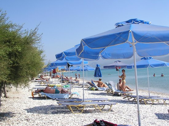 Oasis Studios: Mykali beach