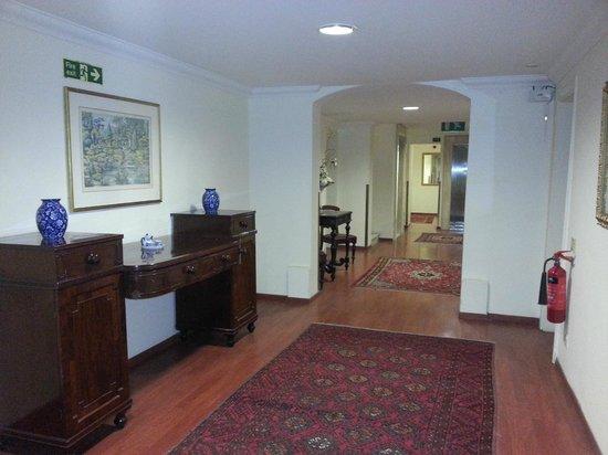 Osborne Hotel: Hall utanför rum på andra våningen