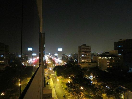 qp Hotels Lima: Noche despejada