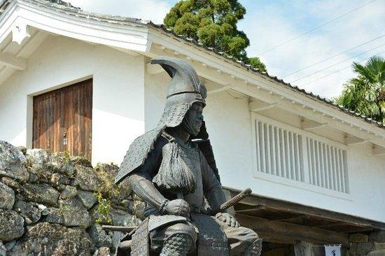 Tarui-cho, ญี่ปุ่น: 櫓門