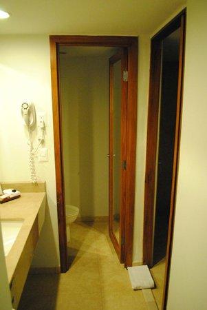فييستا إن مونتيرري تكنولوجيكو: Bathroom