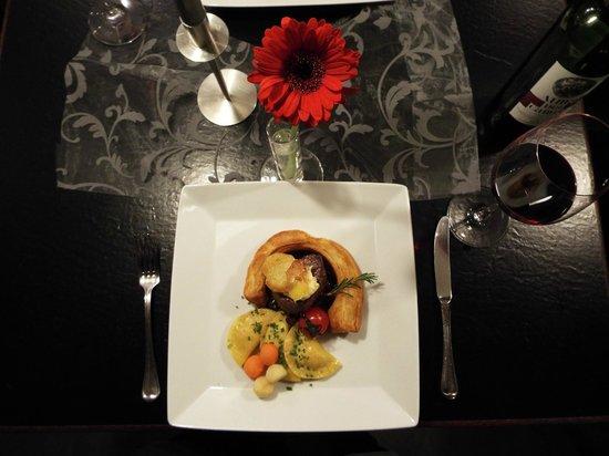 Restaurant Hirsch: Spielereien aus der Küche