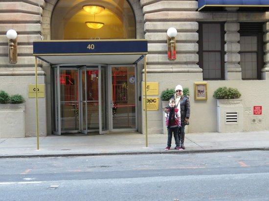 Club Quarters Hotel, Midtown: Fachado do Hotel