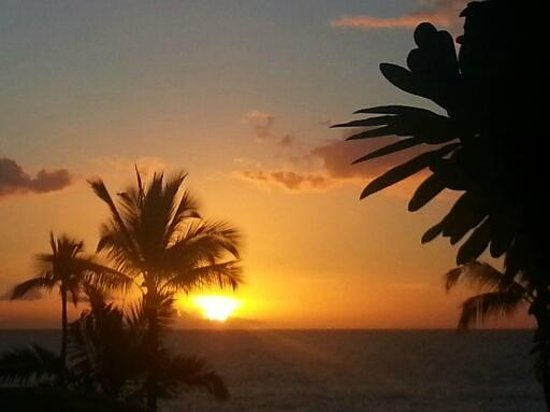Fairmont Kea Lani, Maui : great sunsets every night, right from our room :)