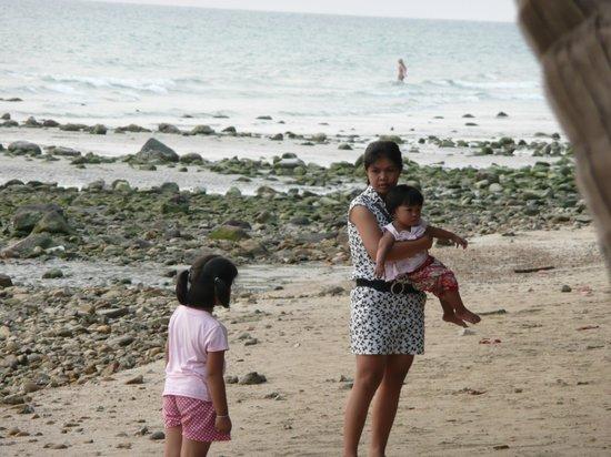 "Пляж перед ""Banpu Koh Chang Resort"""