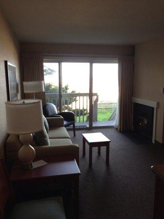 Schooner's Cove Inn: Our room