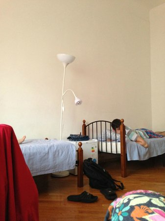 AllisHall Hostel: 4-х местная комната