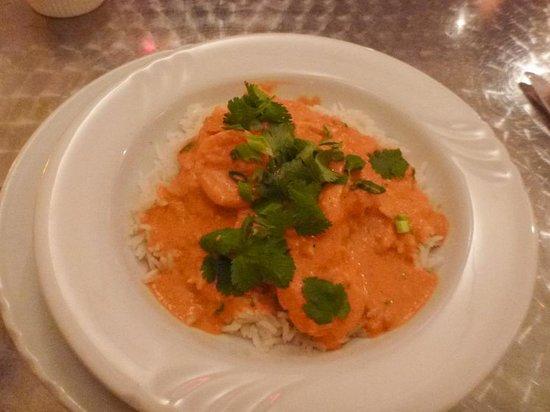 R Bistro: Shrimp with spiced masala & coconut milk