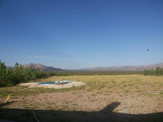 """Hotel Pukarainca: Vista trasera y la """"piscina"""""""