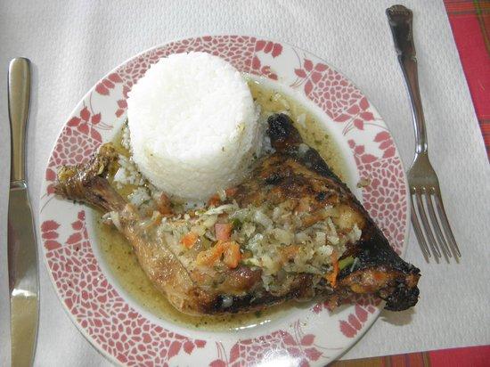 Sable D'or : poulet boucané/riz