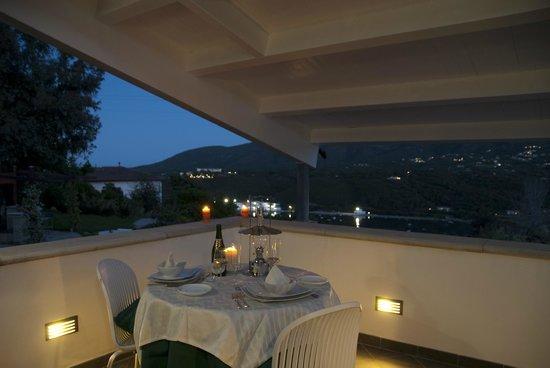 Ecoresort Casa degli Ulivi: terrazza suite