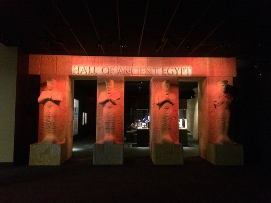 The Houston Museum of Natural Science : Entry to Egyptian exhibit