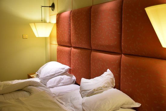 Sheraton Abu Dhabi Hotel & Resort: Our room