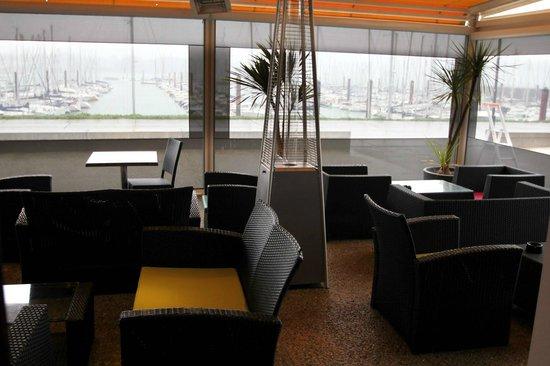 vue terrasse port de plaisance picture of le grand pavois brest tripadvisor. Black Bedroom Furniture Sets. Home Design Ideas