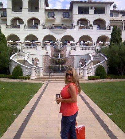 Monarch Beach Resort: Lots of walking pathways