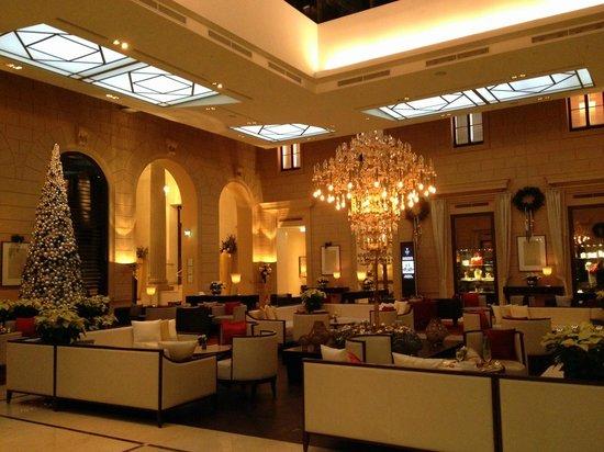 Palais Hansen Kempinski Vienna: In the lobby