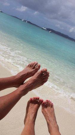 Caneel Bay Resort : relaxing on the beach of Caneel Bay