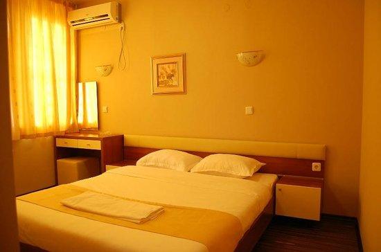 Hotel Rusenski Lom: Room