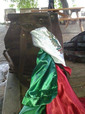 Croc Valley Camp: Desde México