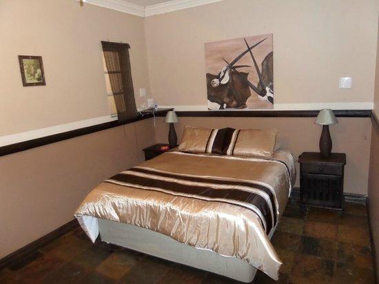 Ostrich Manor : Springbok room