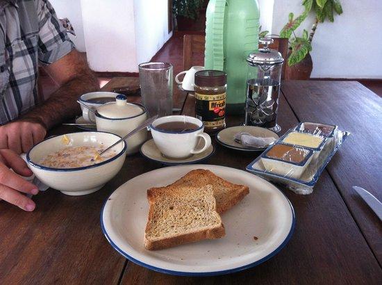 Kiponda B&B: Desayuno en la azotea