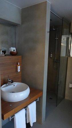 CenterHotel Thingholt: Bathroom sink ;-)