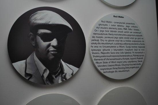 Invisible Exhibition - Niewidzialna Wystawa