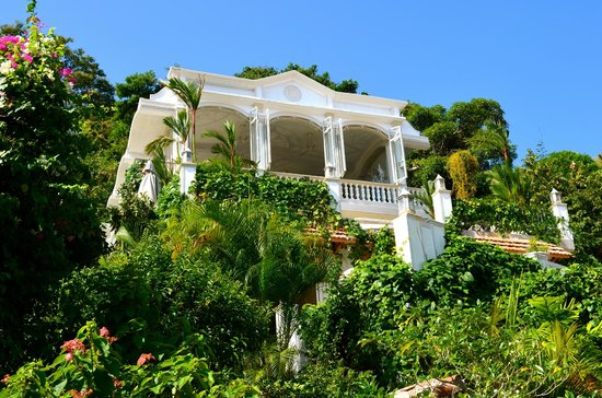 Villa Caprichosa