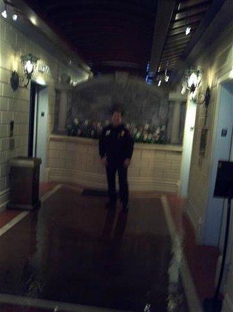 Eldorado Resort Casino: Security Guard - they check your room key every trip