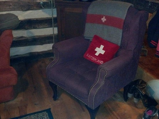 Barons CreekSide : swiss army chair