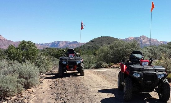 Zion Country Off-Road Tours: Little Creek