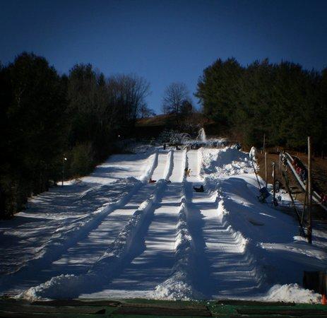 Scaly Mountain Outdoor Center: 3 slopes ready to go