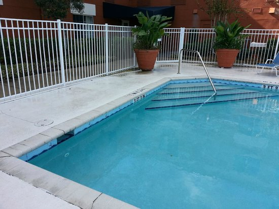 Extended Stay America - Orlando - Southpark - Equity Row: Piscina