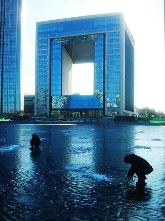 The St Regis Tianjin Hotel : Das Hotel und die Eisfischer