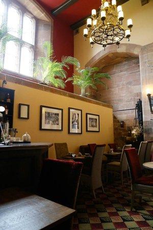 Peckforton Castle: Brasserie
