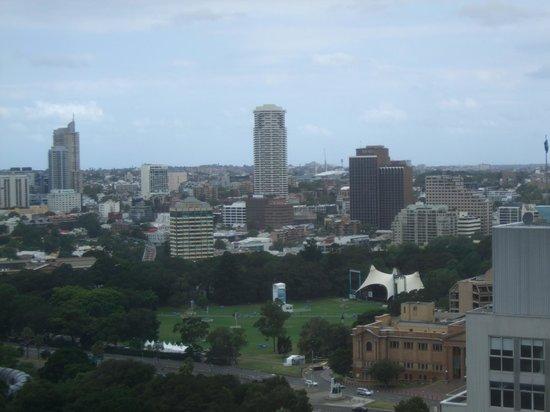 InterContinental Sydney : View from 30th floor room toward Hyde Park