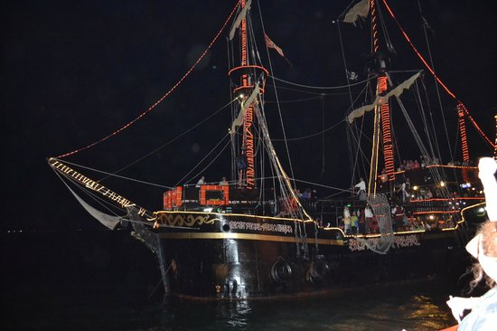Captain Hook Cancun: The other Galleon (there are two the same)