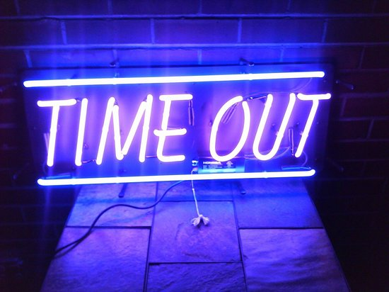 Time Out Sports Bar and Grill: Timeout